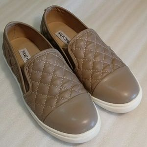Steve Madden Zaander shoes tan size 7M